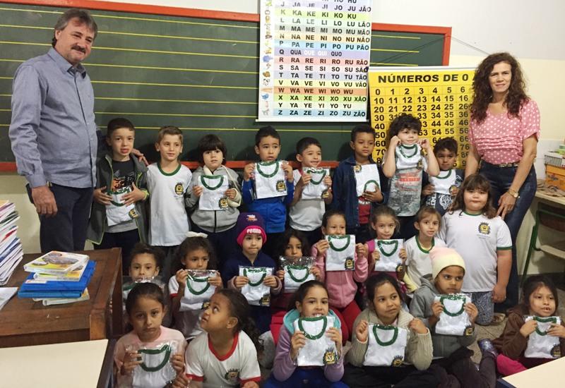 Prefeitura de Bady inova e confecciona uniformes escolares