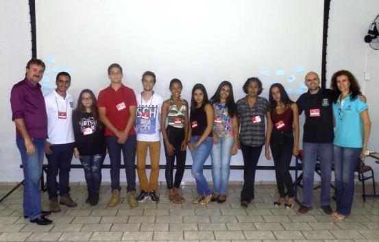 Participantes do 'Time do Emprego' têm primeira aula nesta segunda