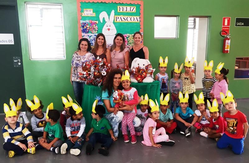Prefeitura entrega ovos de Páscoa para 1,2 mil crianças das creches
