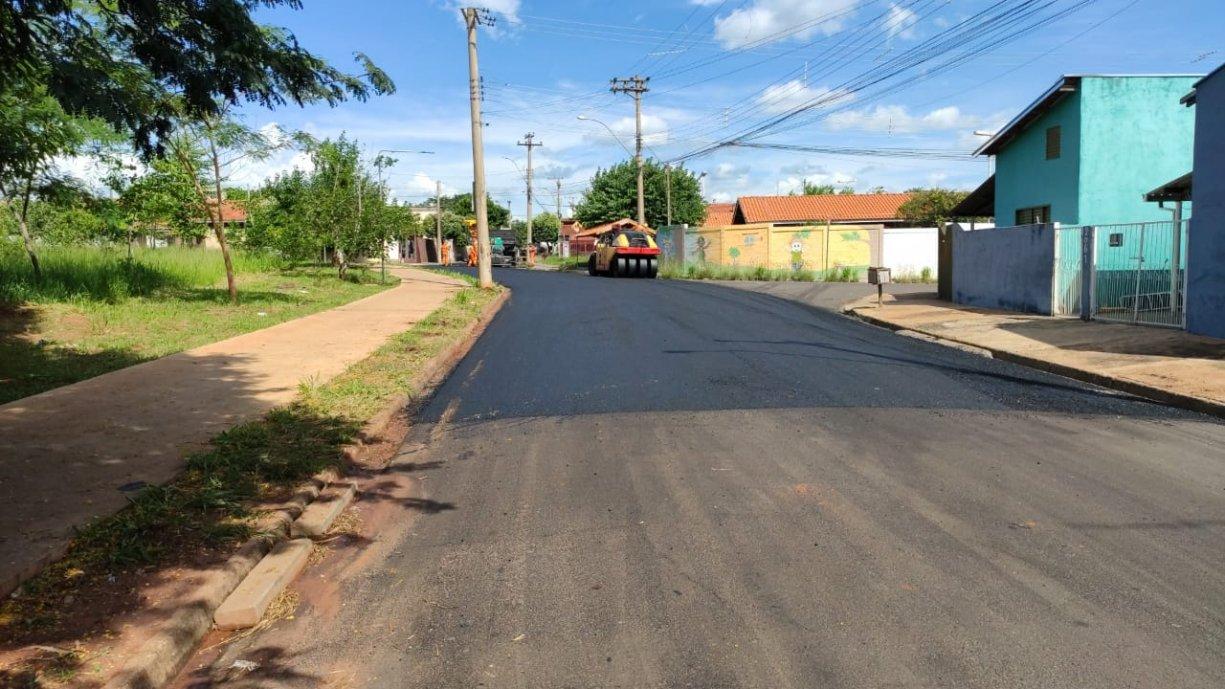 Prefeitura realiza recape de quase 3 mil metros quadrados de asfalto
