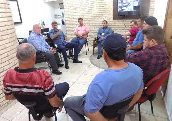 Tobardini se reúne com representantes da CPFL e cobra melhoria no fornecimento de energia