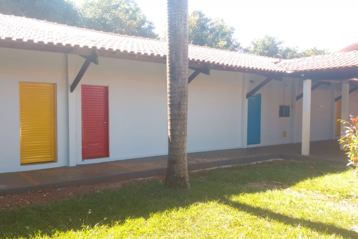 Escola Maria Inez Chessa passa por reforma durante pandemia