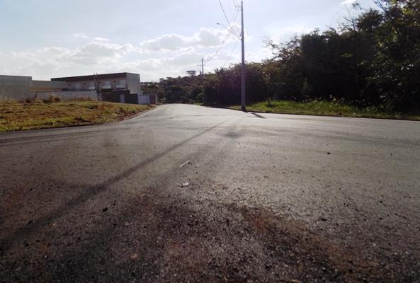 Prefeitura segue com o recape de diversas ruas