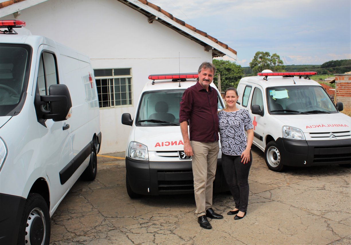 Tobardini conquista seis ambulâncias e caminhonete para a Saúde